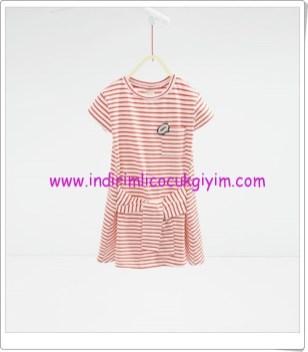Zara kız çocuk kırmızı çizgili elbise-46 TL