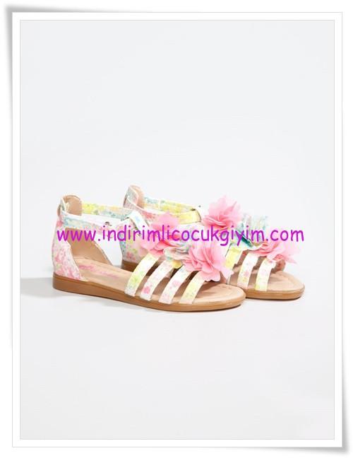 LCW kız çocuk çiçekli sandalet modelleri-35 TL