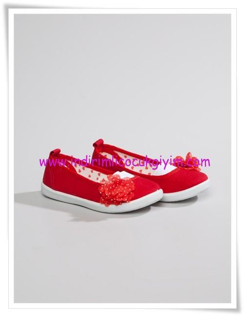 LCW kız çocuk kırmızı bez ayakkabı-20 TL