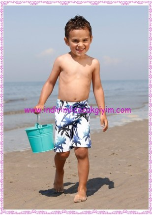 Bonprix mavi palmiyeli erkek çocuk deniz şortu-40 TL