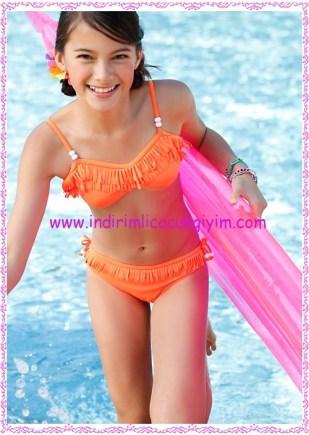 Bonprix turuncu klipsli püsküllü kız çocuk bikini-50 TL