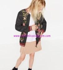 Zara kız çocuk çiçek işlemeli bomber ceket
