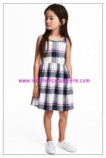 hm kare desenli kolsuz kız çocuk elbise