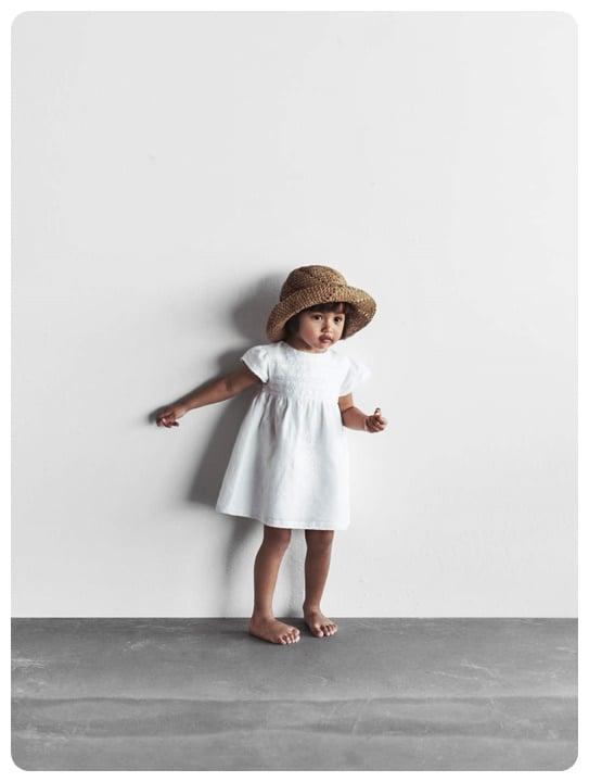beyaz-islemeli-kiz-bebek-elbise-100-TL