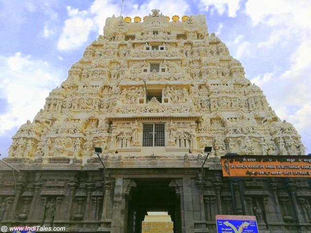 कांची कामाक्षी मंदिर का गोपुरम