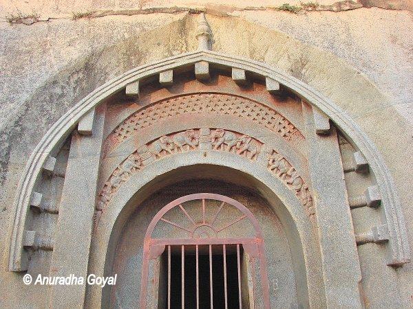 लोमांस ऋषि गुफा - बराबर पहाड़ी - बिहार