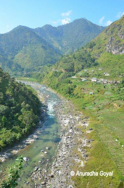 Kemang river flowing through high mountains - Arunachal Pradesh