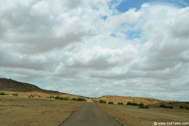 Uninhabited route to kuldhara