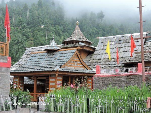 हिमाचल यात्रा में पाए पहाड़ों के प्राचीन मंदिर