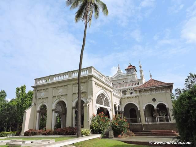 आगा खान महल का आगे का चित्र - पुणे