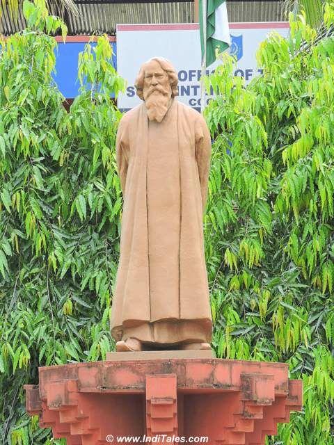 Statue of Gurudev Rabindranath Thakur in Cooch Behar