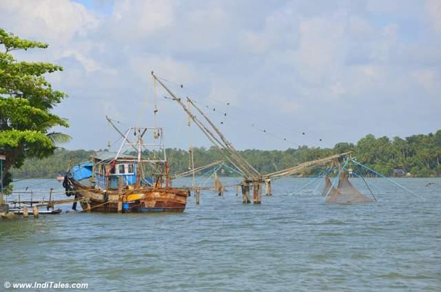 चीनी जाल - अष्टमुडी झील - केरल