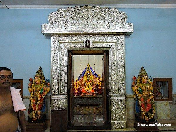 वाल्वंती के तट पर विट्ठल मंदिर - गोवा