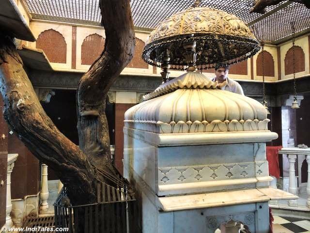 करणी माता का दूसरा मंदिर