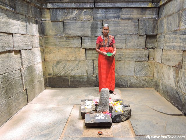 शिव देवालय - पोलोनरुवा, श्री लंका