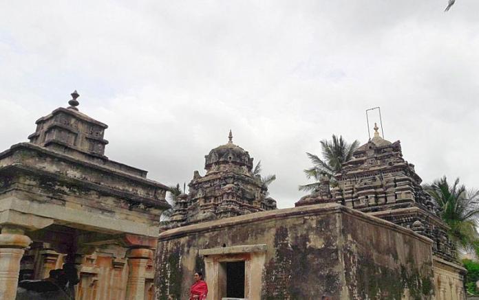 रामलिंगेश्वर एवं लक्ष्मंलिनेश्वर मंदिर - अवनी कोलार