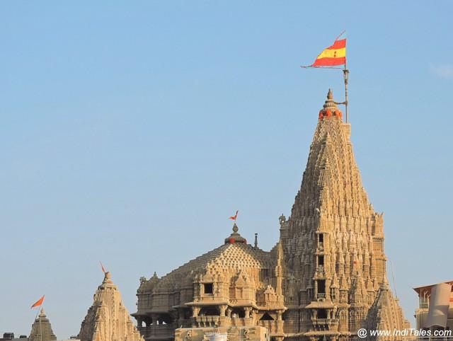 श्री द्वारकाधीश मंदिर - द्वारका