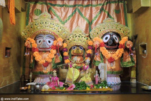 Krishna Subhadra and Balabhadra at Suvarna shrine