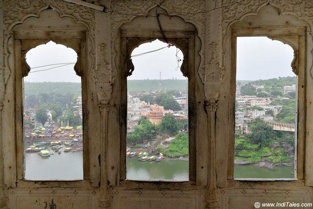 मान्धाता महल से नर्मदा का दृश्य