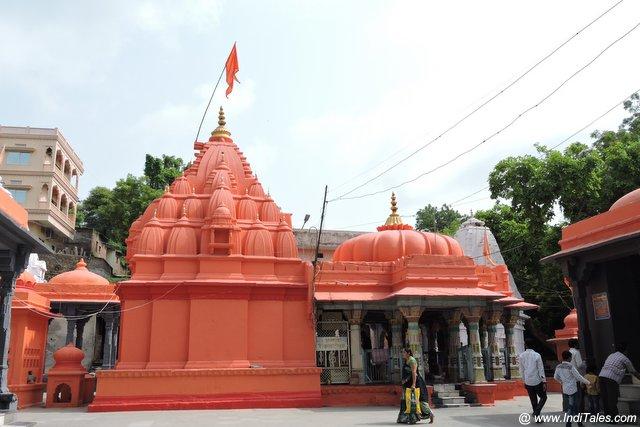 प्राचीन राज राजेश्वर मंदिर - महेश्वर