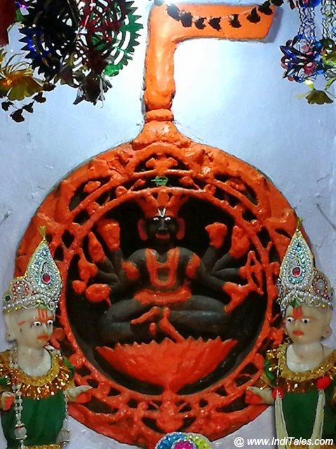 चक्र नारायण मंदिर - नैमिषारण्य