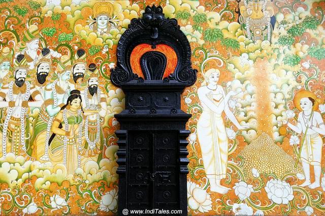 आदि शंकर जन्म क्षेत्र में केरल शैली में चित्रकारी