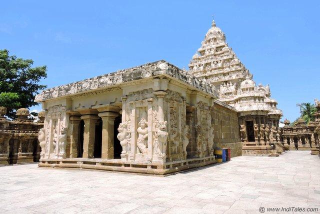 मंडप एवं गर्भ गृह - कैलाशनाथ मंदिर कांचीपुरम