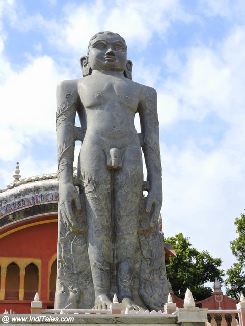 फ़िरोज़ाबाद जैन मंदिर बाहुबली प्रतिमा