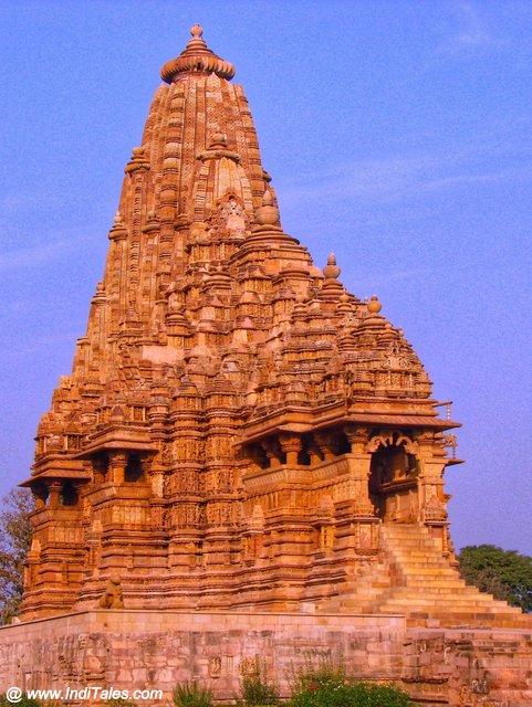 खजुराहो का कंदरिया महादेव मंदिर