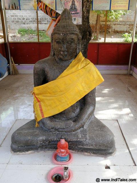 कांचीपुरम में प्राचीन बुद्ध प्रतिमा