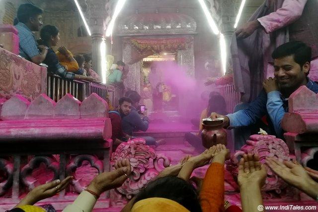 श्री राधा वल्लभ मंदिर - वृन्दावन