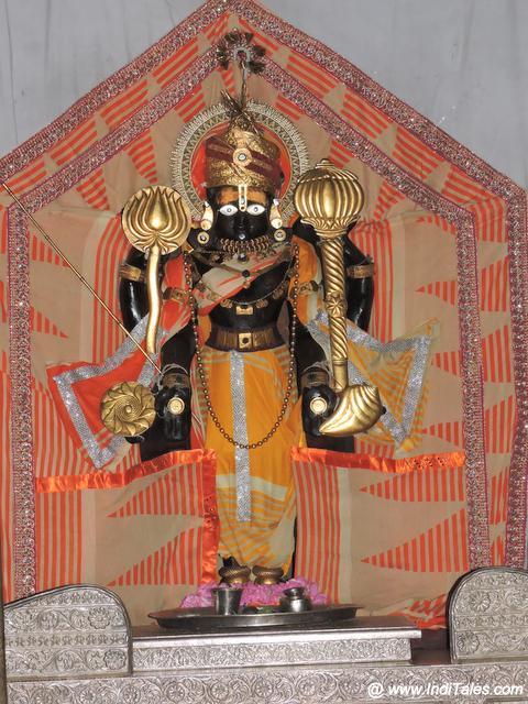 Vishnu's Charbhuja