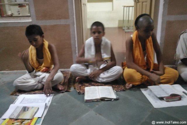 Ved Pathshala of Khemi Sati Temple