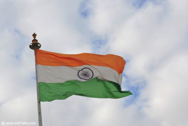Top 22 Indian Patriotic Songs You Will Love To Listen 2021