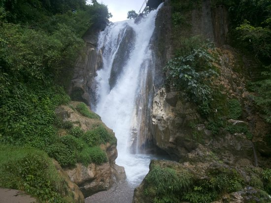 Bhatta falls Mussoorie Uttarkhand