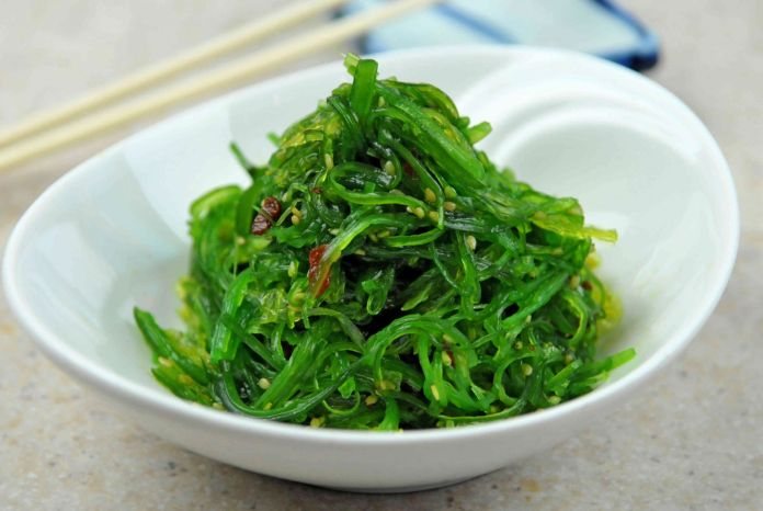 Let's add seaweed to our daily diet