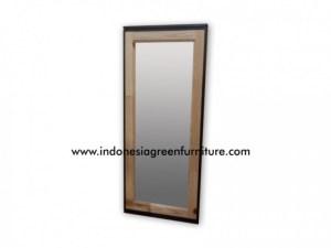 Scania Mirror Reclaimed Pine