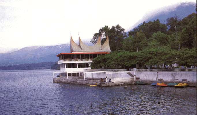 Danau Singkarak Sumbar