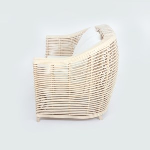 Claro Rattan Couch Natural