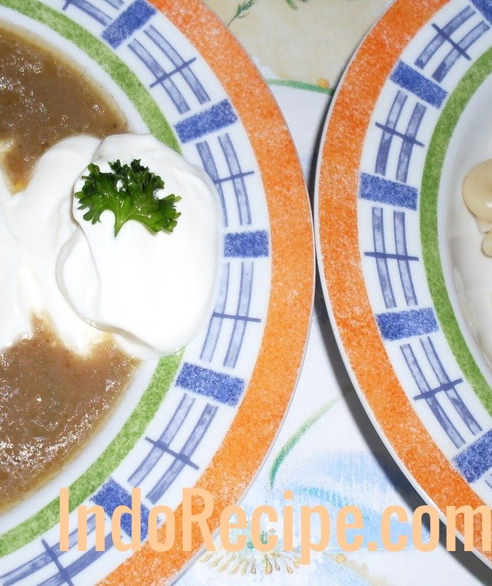 Hungarian Liver Soup (Majleves)