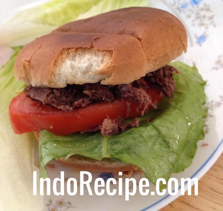 Pulled Elk Burger