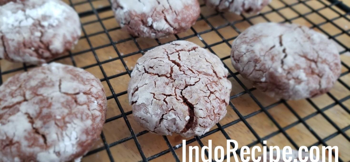 Sourdough Chocolate Crinkles Cookies