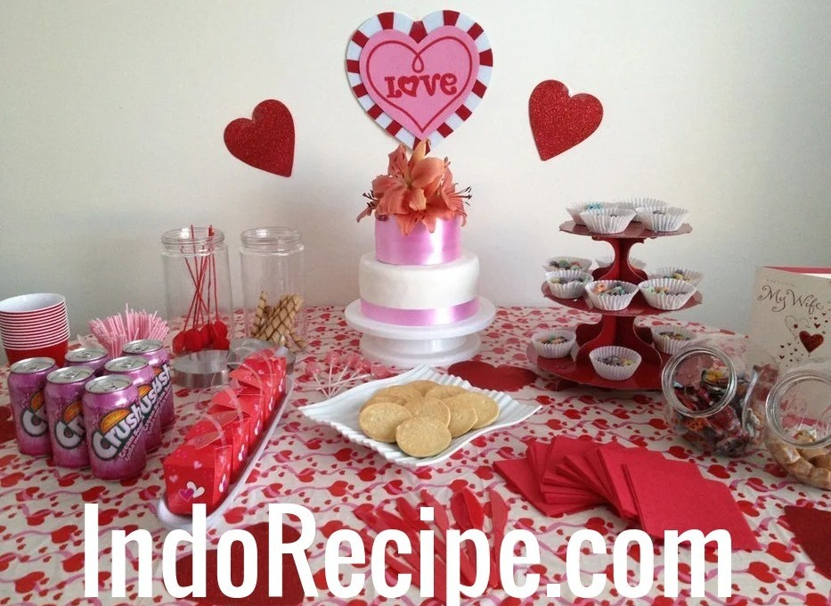 Valentine's Day Party Table Idea