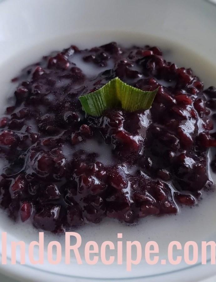 Black Sticky Rice Porridge (Bubur Ketan Hitam)