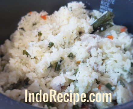 Coconut Rice (Nasi Uduk Rice Cooker)