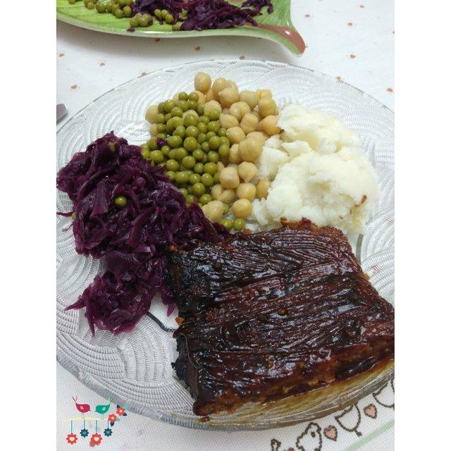 Barbecued Seitan (Vegan Ribs)