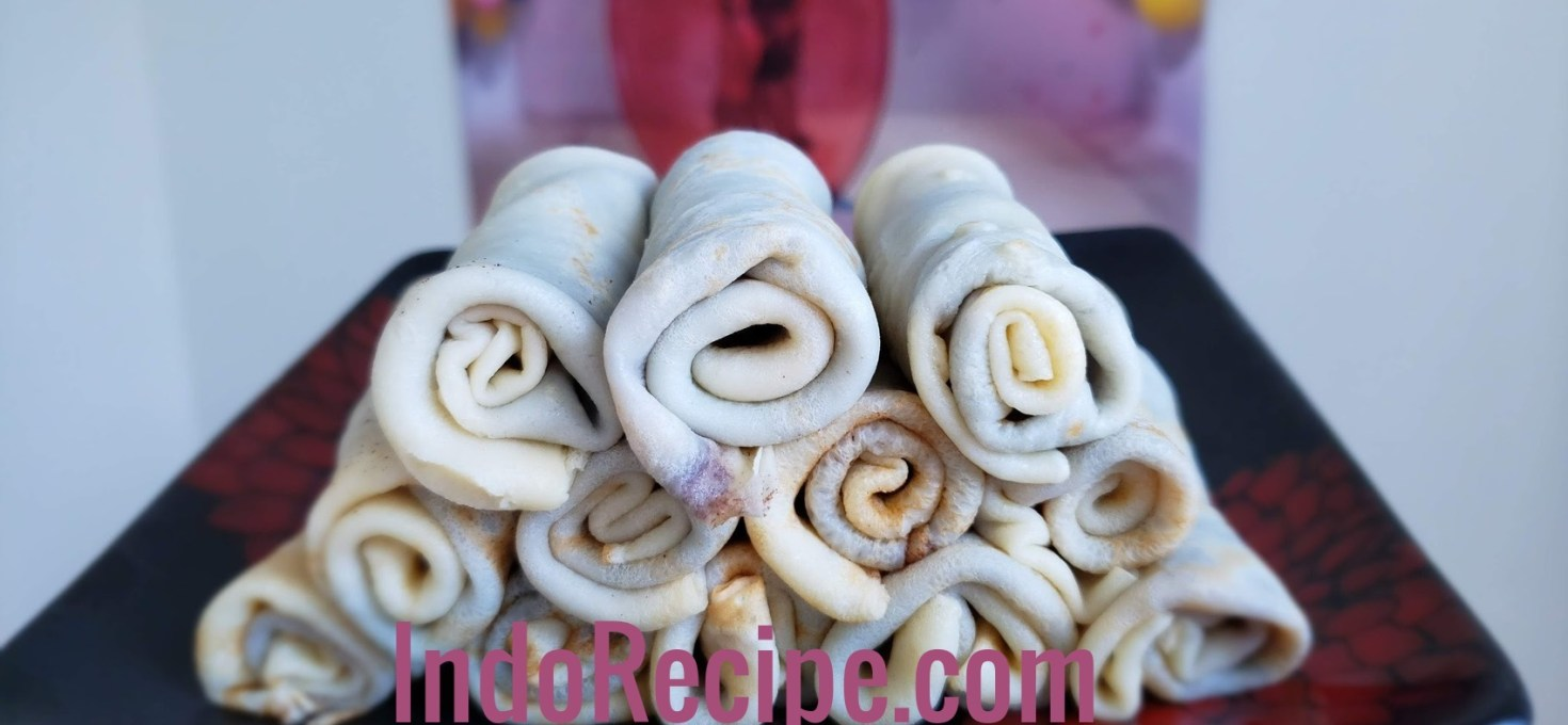 Sweet Rolled Crepes (Palacsinta)