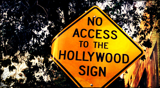 A Walk Around Hollywood (35mm)