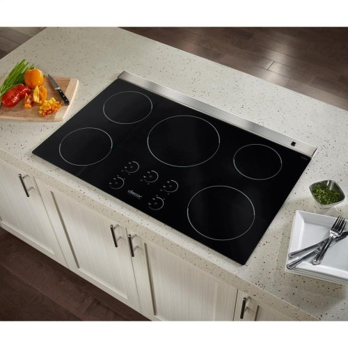 Dacor RNCT365B 36 Inch Renaissance Series Induction Cooktop