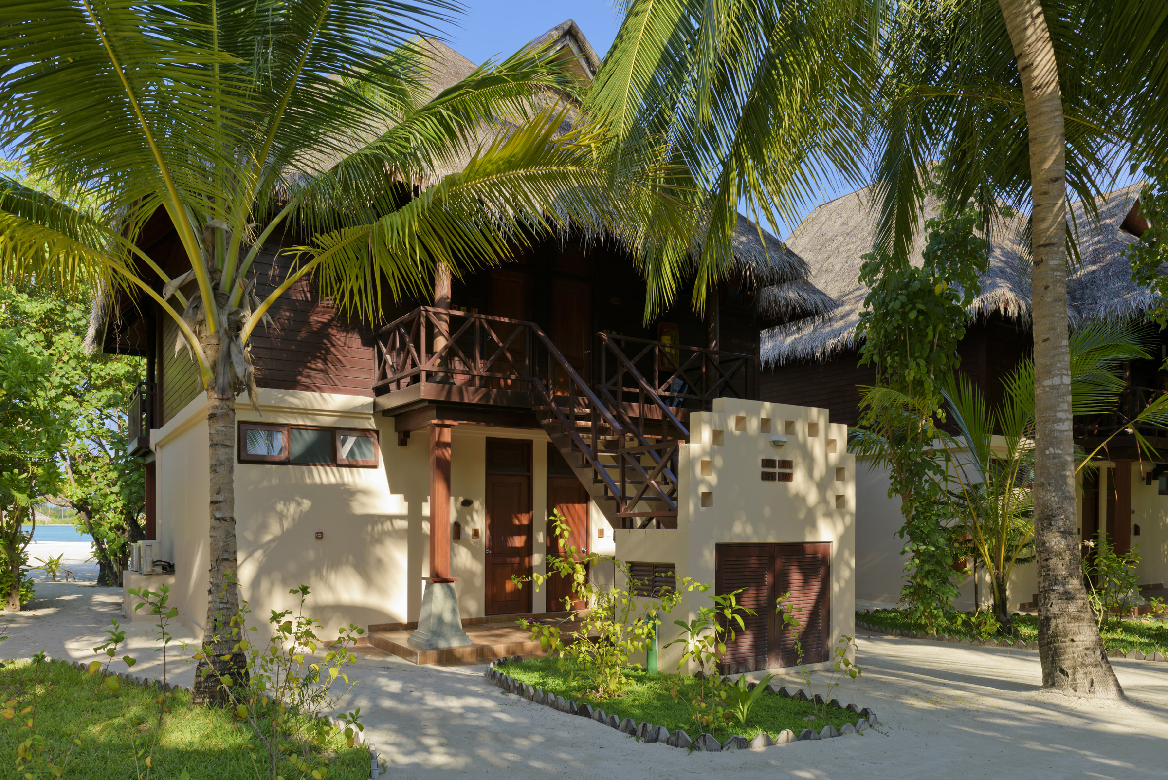 Deluxe Room Exterior Olhuveli Beach Indulge Maldives – INDULGE ...